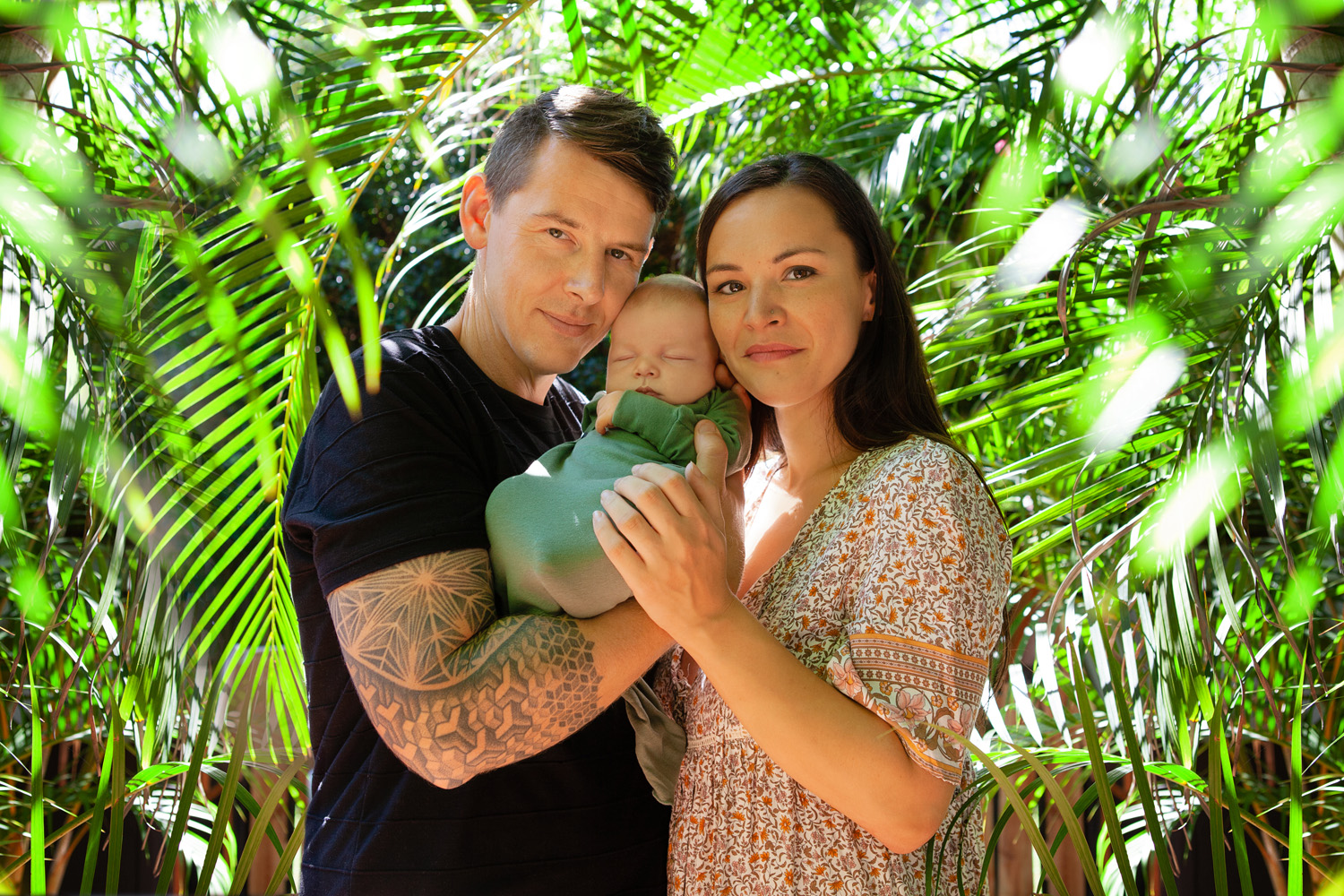 natural family photography; gold coast newborn photography; natural newborn photography; gold coast in home photography; natural portraits gold coast; natural family portraits gold coast; professional family portrait photographer gold coast; @lananoir; lana noir photographer; lana noir photography