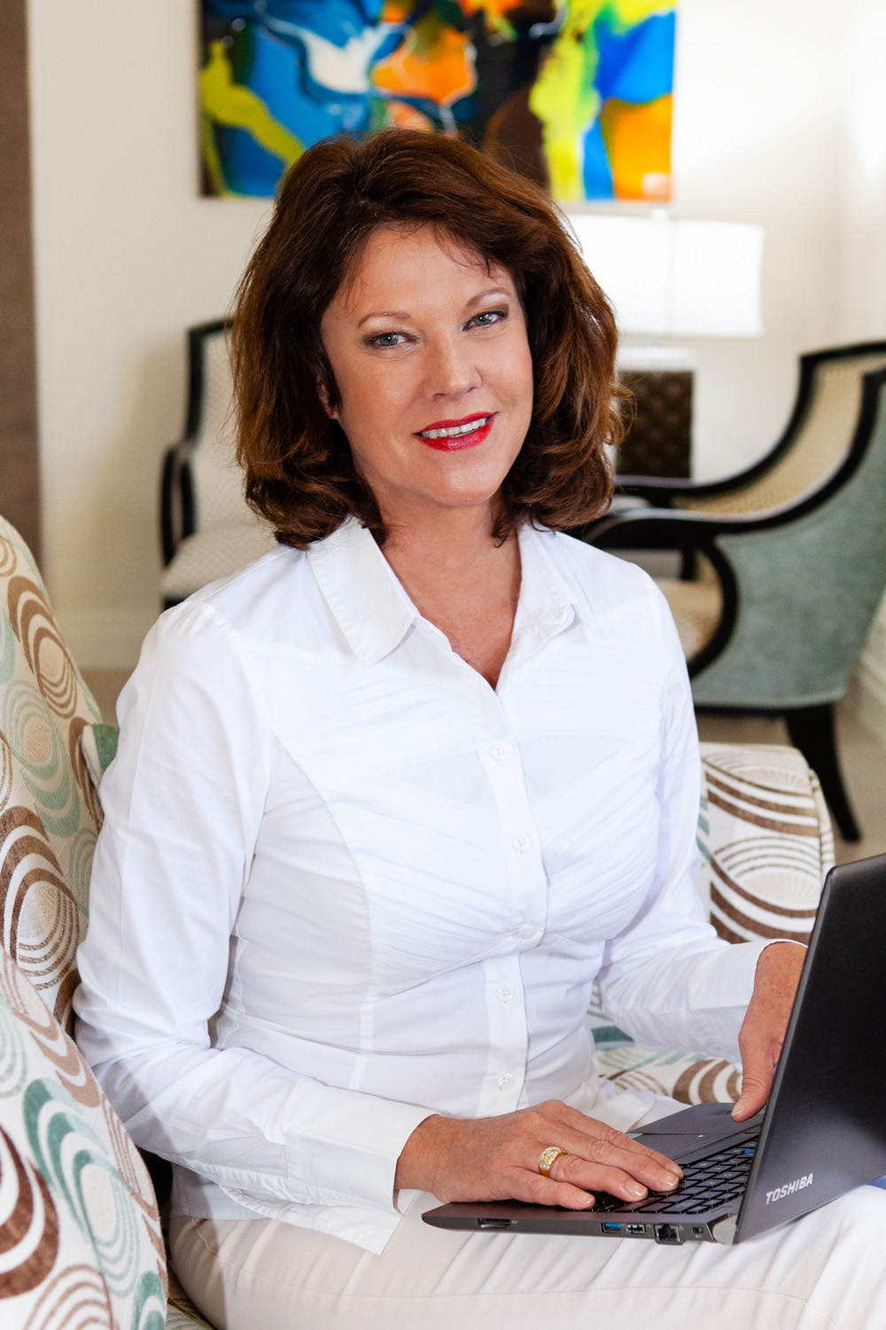 Business woman in a white shirt, working on a laptop, gold coast head shots, gold coast corporate photography, gold coast business photography, gold coast business community, gold coast business woman, gold coast business woman photography, lana noir, @lananoir, gold coast industry professionals, best photographer gold coast, robina photographer, broadbeach photographer